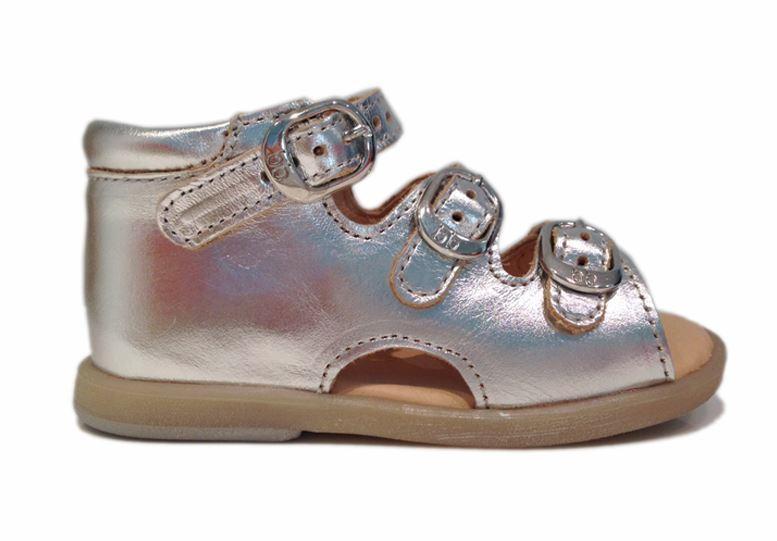 3aaacfe16586 Babybotte Tik sandal med god støtte. Sandal med fast hæl