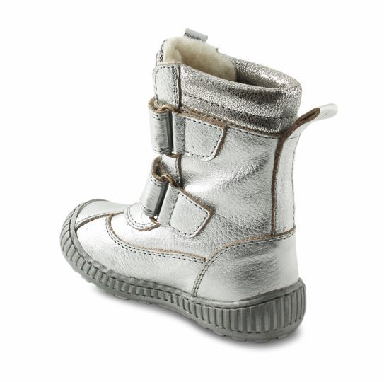 1be35d0a0ec8 Velcro-støvler i sølv farvet skind fra Rap. Støvlerne har dejligt varmt  uldfoer samt RAP-Tex membran